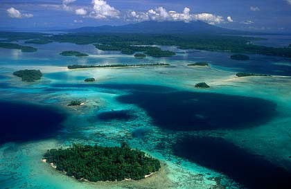 Solomon-Islands-Lagoon-420x0