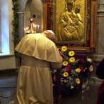 D 15 benedict-mary-pray2